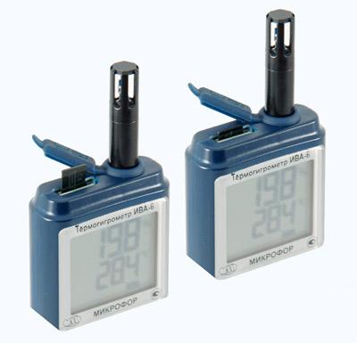 Расположение слота и mini USB-разъема на корпусе блока индикации термогирометра ИВА-6Н